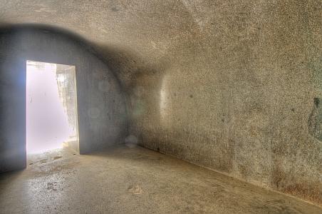"""""""Magnífica entrada a las cuevas excavadas en la roca Vapiyaka """" D7325-9_s"""