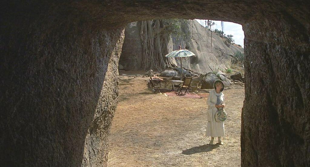passage to india marabar caves essay